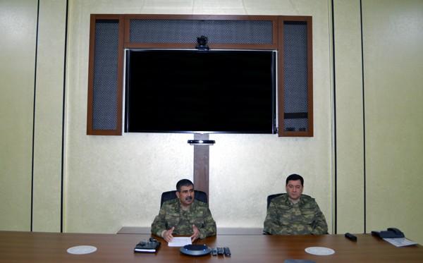 Zakir Həsənov cəbhə bölgəsində toplantı keçirdi