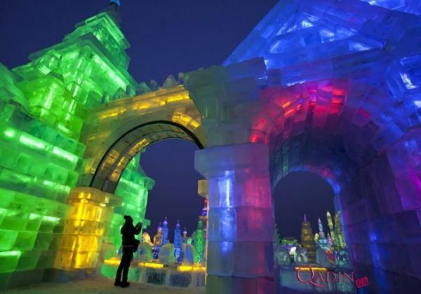 Yaponiyada qar və buz festivalı