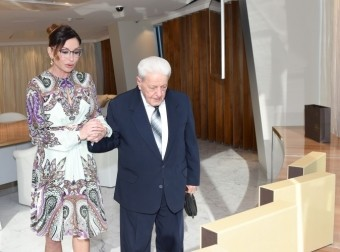 Mehriban Əliyeva xalq artisti Əlibaba Məmmədovla görüşüb