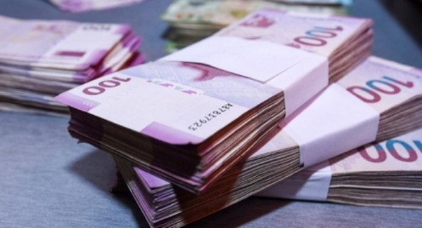 Azərbaycanda maaşlar artdı – RƏSMİ