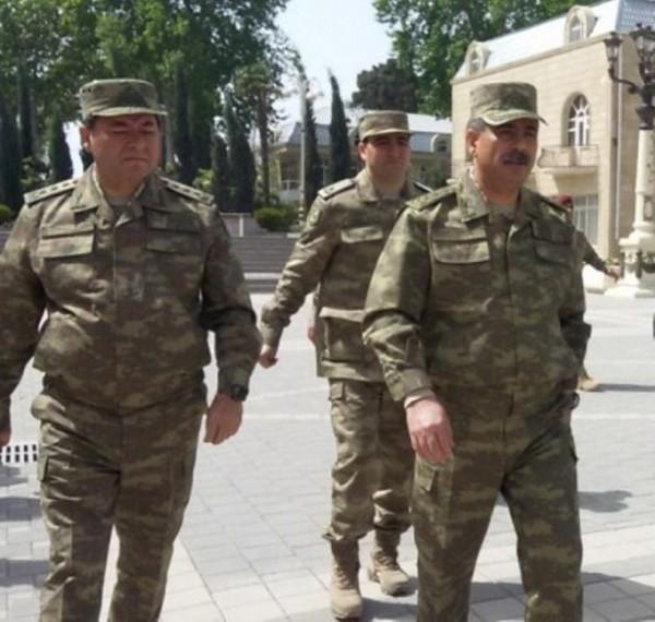 General zabitləri topladı: orduya tapşırıq verdi