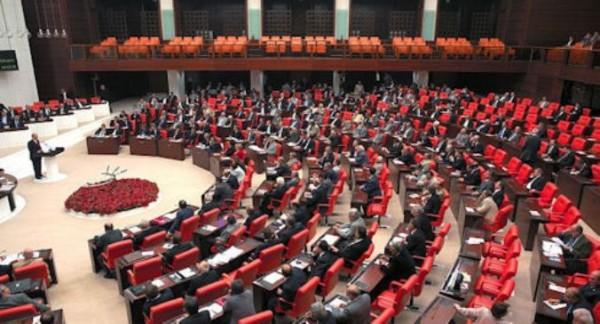 Türkiyə parlamentində Xocalı fotosərgisi açıldı