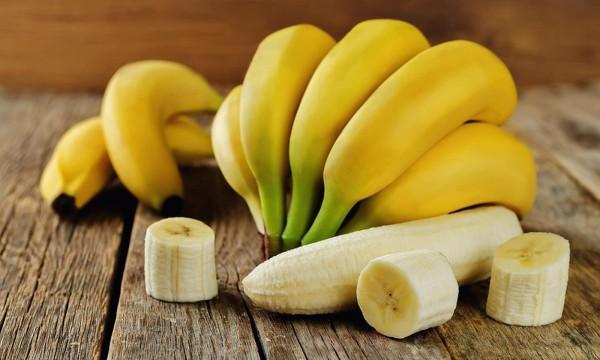 Banana QİÇS-li xəstə qanı vurulur? - RƏSMİ