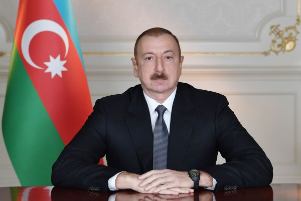 Prezident hərbi vəziyyətin elan edilməsi haqqında FƏRMAN İMZALADI