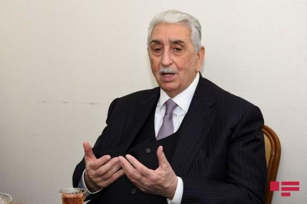 Xalq artisti Arif Babayev insult keçirib