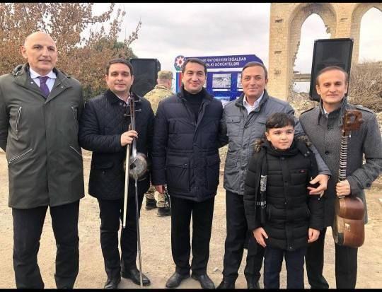 """""""Geriyə ruhlar şəhəri, xarabalıq qalıb..."""" - Ağdama gedən Xalq artisti - FOTO"""