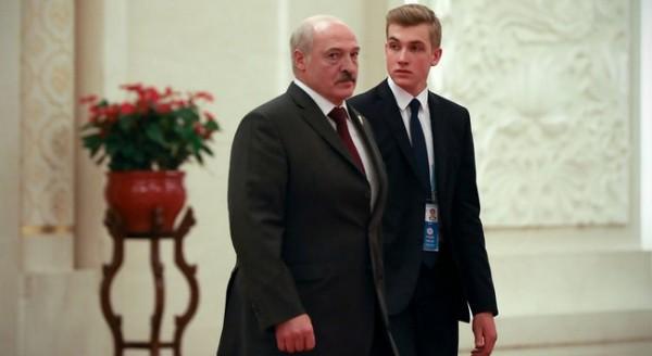 """Lukaşenkonun oğlu: """"Atam iyrənc xəstədir"""""""