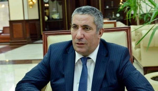 """Siyavuş Novruzov: """"Ömür boyu pulum olmayıb, bu gün də cibim boşdur"""""""
