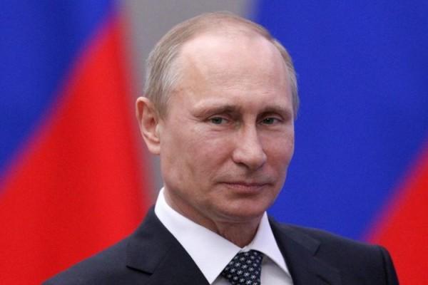 Putin koronavirusa qarşı peyvənd vurdurur