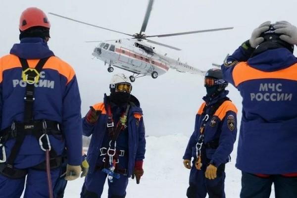 Rusiyada 16 nəfərlik turist qrupu qar uçqunu altında qalıb, 13-ü uşaqdır - YENİLƏNİB