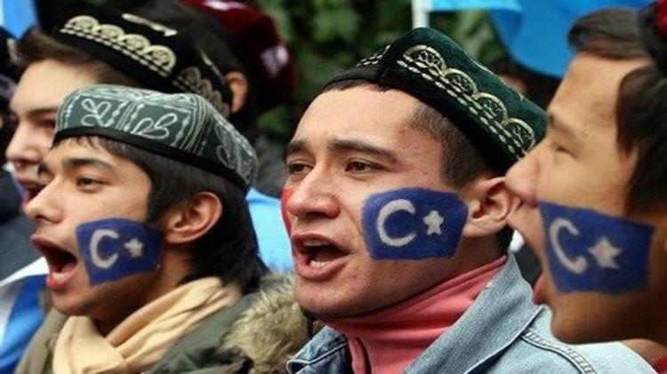Çin uyğun türklərinə görə Britaniyaya sanksiya tətbiq etdi