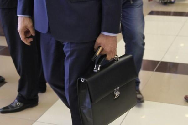 Azərbaycanda 4 yüksək vəzifəli şəxs istefa verdi