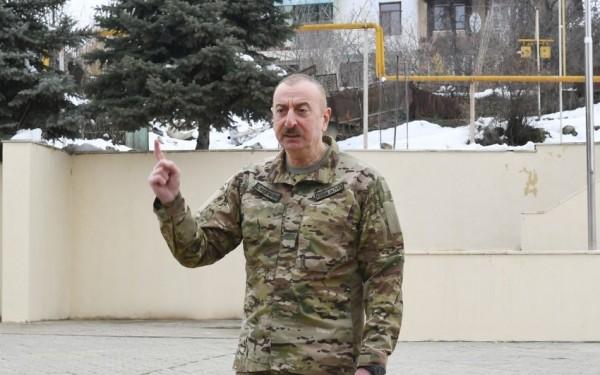 """İlham Əliyev: """"Tarixi bərpa edirik"""""""
