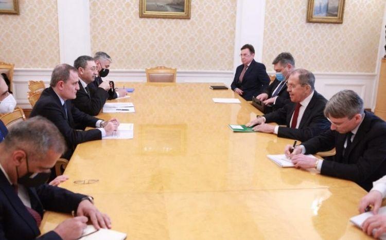 Ceyhun Bayramov və Lavrov arasında ikitərəfli görüş keçirilib -  FOTO - YENİLƏNİB