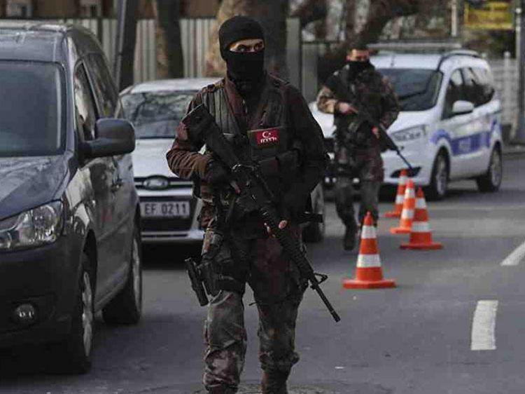 Türkiyə Hərbi Dəniz Qüvvələrinin 10 eks-admiralı  HƏBS EDİLDİ