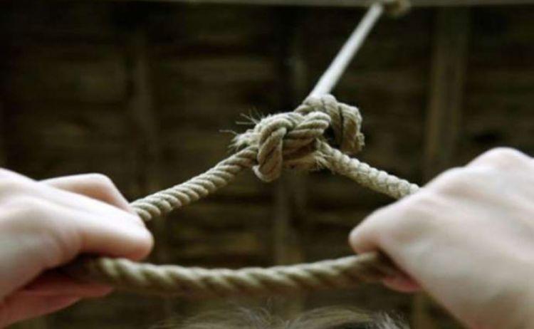 Qaxda intihar hadisəsi baş verib