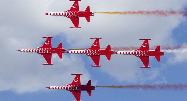 """""""Türk ulduzları""""nın təyyarəsi qəzaya düşdü: Pilot həlak oldu -  FOTO"""