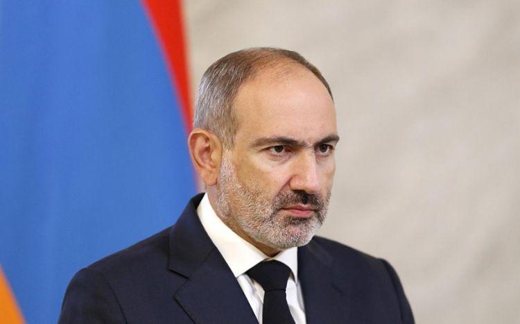 Paşinyan xaç atasına Azərbaycanla sərhədi tapşırdı