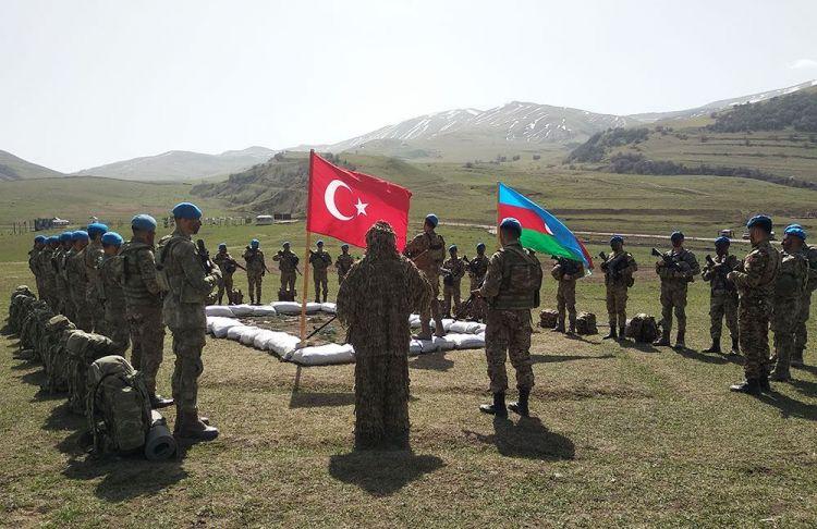 Azərbaycan və Türkiyə ordularının təlimlərindən görüntülər - VİDEO