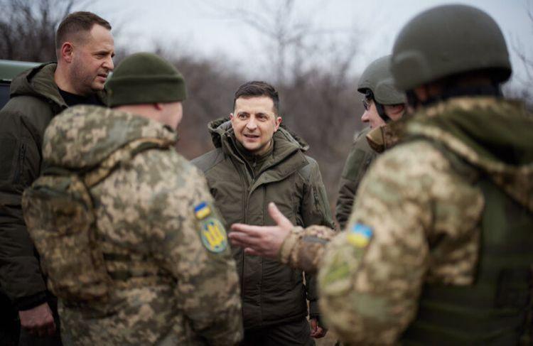 Zelenski Donbas bölgəsinə getdi