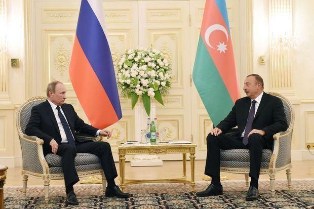 İlham Əliyev Vladimir Putin ilə Qarabağ məsələsini müzakirə edib