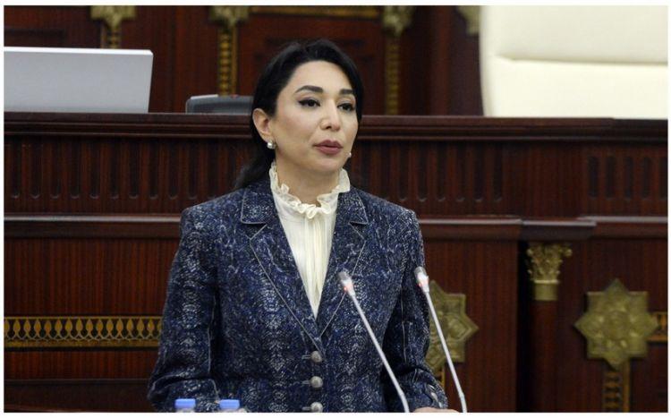 Ombudsman Səbinə Əliyeva peyvənd olunub