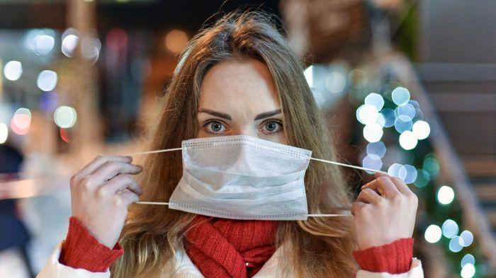 Restoranda maska çıxarmaq olar, açıq havada yox? -  Adil Qeybulla