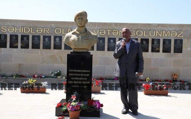 Neftçalada Vətən Müharibəsi şəhidinin büstünün açılışı olub -  FOTO