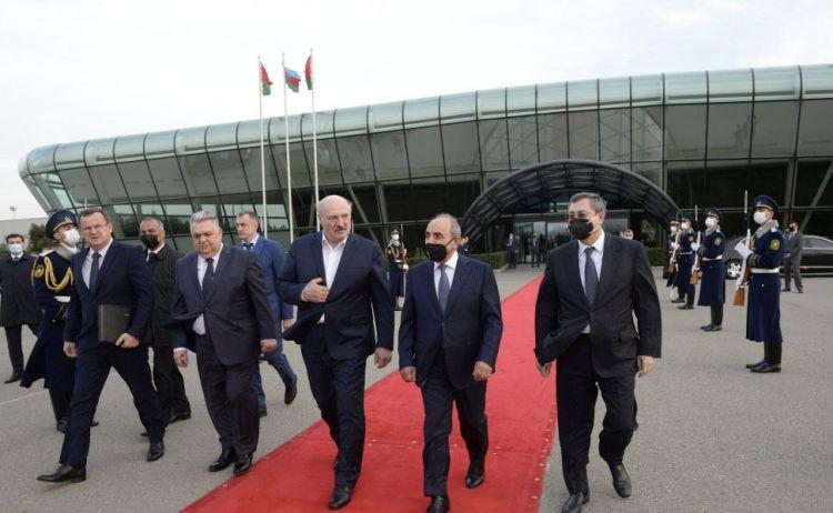 Aleksandr Lukaşenkonun Azərbaycana işgüzar səfəri başa çatıb -  FOTO