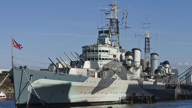 Britaniya da Qara dənizə hərbi gəmilərini göndərir