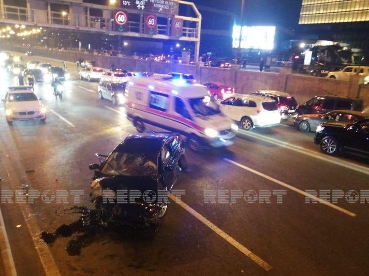 Bakıda üç avtomobil toqquşub, yaralılar var – YENİLƏNİB