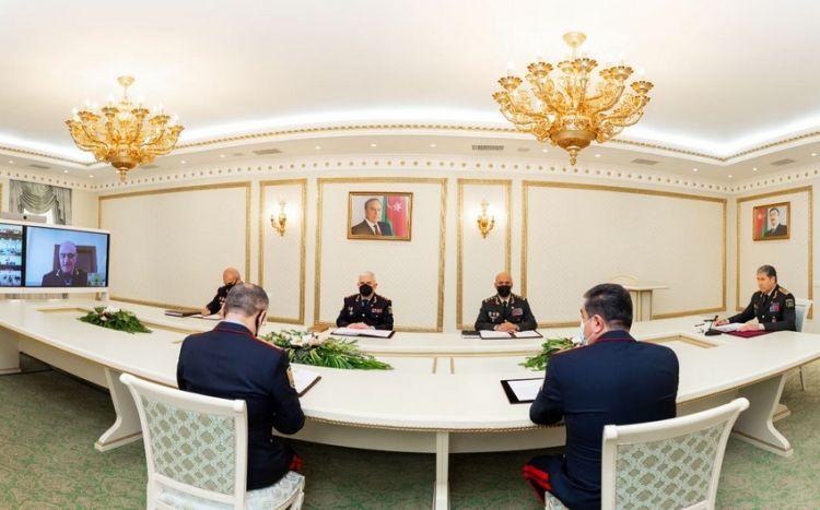Vilayət Eyvazov 2 general və bir polkovnikə tapşırıq verdi