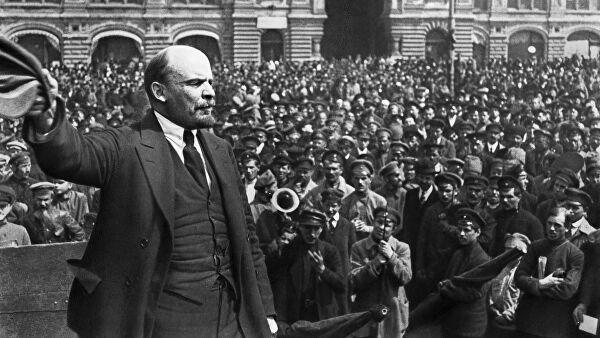 Alman casusu, inqilabdan yan keçən fırıldaqçı... –  Lenin haqqında qan donduran faktlar
