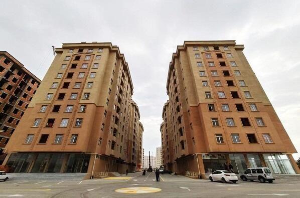 """""""Qaçqınkom"""" Bakıda daha üç yaşayış binası tikəcək"""
