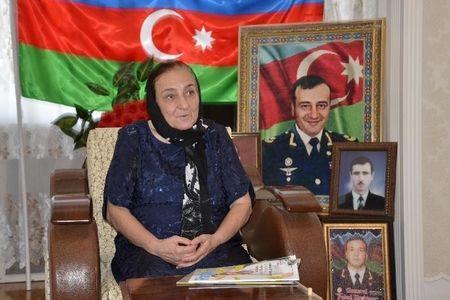 """""""Oğlumun adından istifadə etməsinlər""""- Polad Həşimovun anası"""
