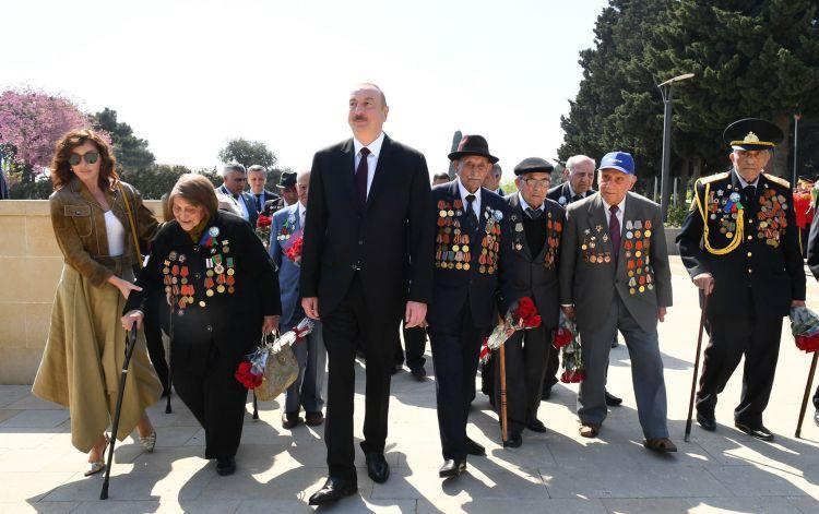 İkinci Dünya müharibəsi iştirakçıları daim  diqqət və qayğı ilə əhatə olunublar