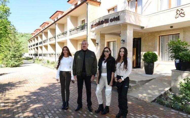 """Prezident və xanımı """"Xarı Bülbül"""" otelinin açılışında iştirak ediblər -  FOTO"""