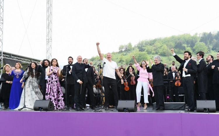 """Şuşada """"Xarıbülbül"""" musiqi festivalı başa çatıb -  VİDEO"""