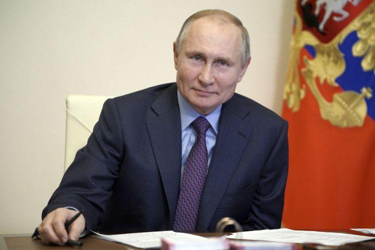 Putin Nobel sülh mükafatına namizəddir