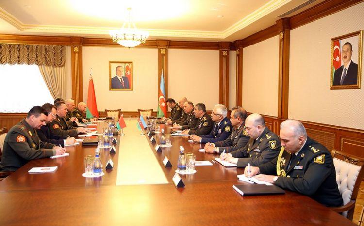 Azərbaycan və Belarus müdafiə nazirlərinin görüşü olub -  VİDEO