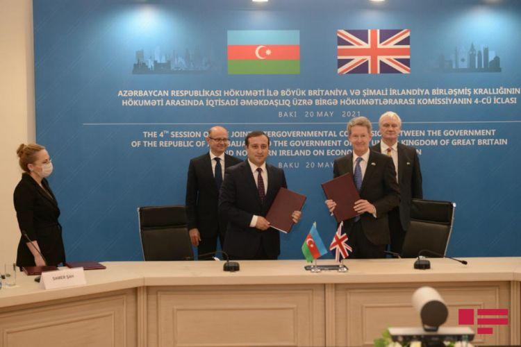Azərbaycan və Britaniya arasında iki sənəd imzalanıb