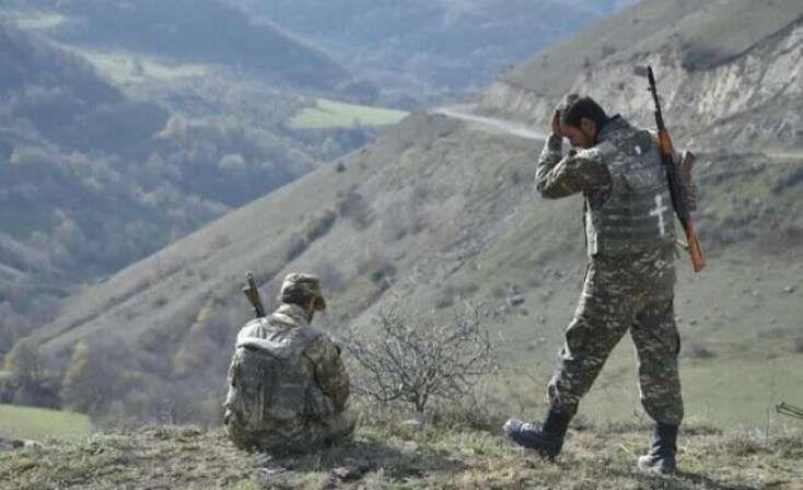 Azərbaycanlı hərbçi erməni hərbiçinin burnunu sındırdı