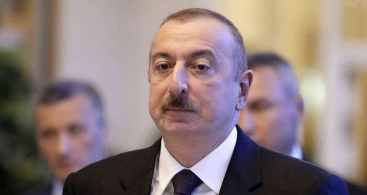 Prezident İlham Əliyev Tahir Salahovun vəfatı ilə bağlı nekroloq imzalayıb