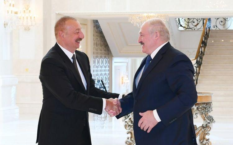 Lukaşenko Ermənistanla sərhəddəki vəziyyətə görə  İlham Əliyevə zəng edib