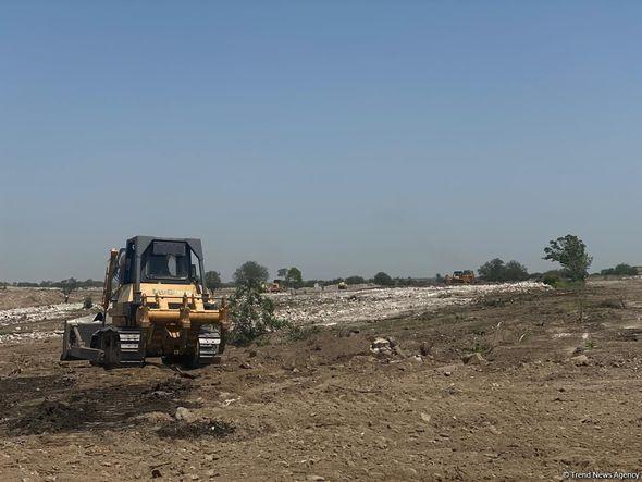 Ağdam şəhər mərkəzində söküntü və yenidənqurma işlərinə başlanılıb -  FOTO - VİDEO