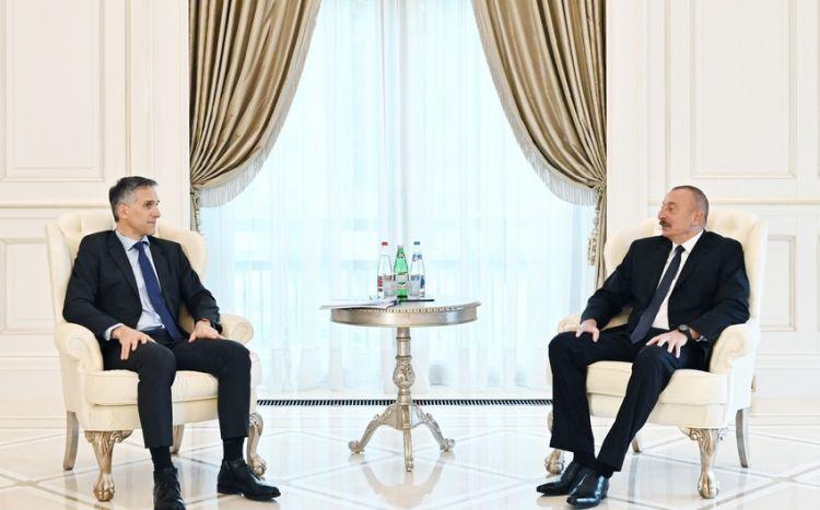 """Azərbaycan Prezidenti """"Signify"""" şirkətinin nümayəndələrini qəbul edib -  YENİLƏNİB"""