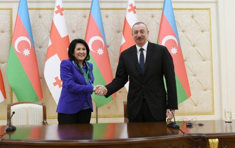İlham Əliyev gürcüstanlı həmkarına məktub yazıb
