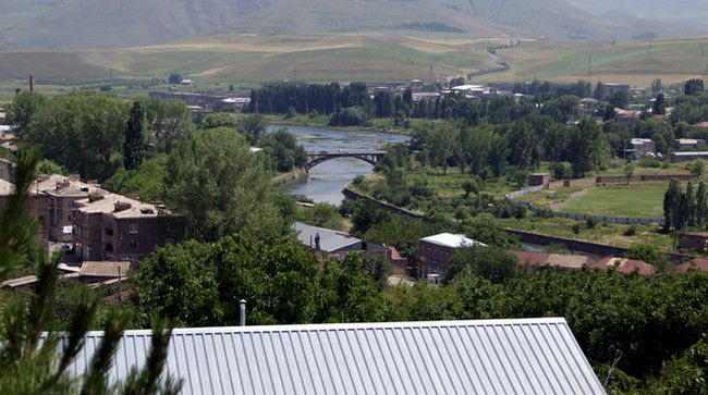 Azərbaycan qüvvələri Zəngəzurda Bazarçaya da yaxınlaşıb -  Ermənistan mətbuatı