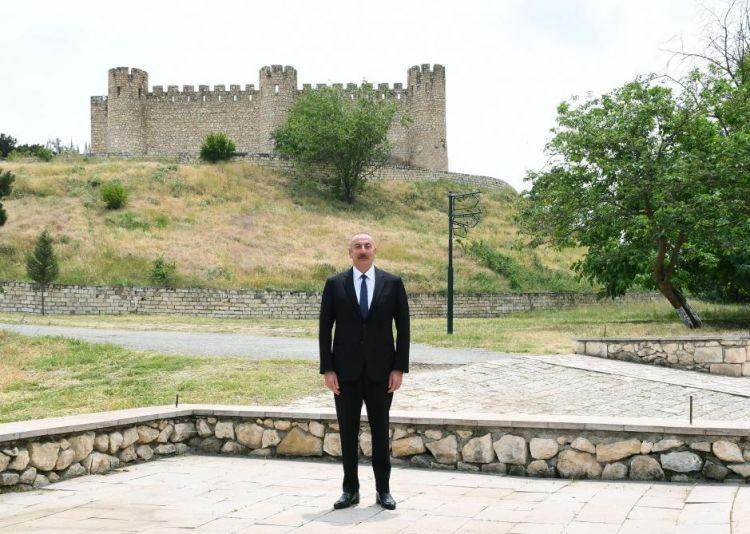 Prezident Ağdamda Şahbulaq qalasında olub -  Yenilənib