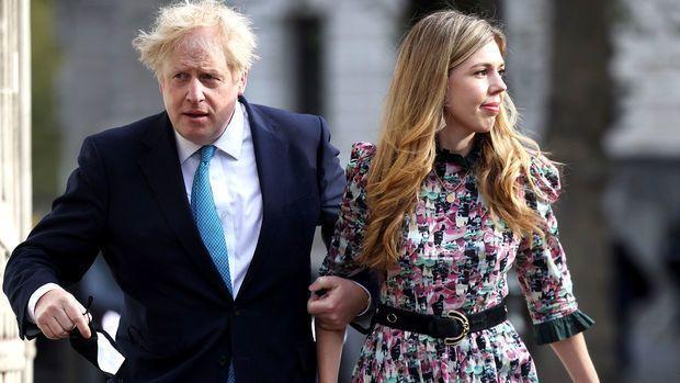Gizlincə evlənən Boris Consonun toy şəkli –  FOTO